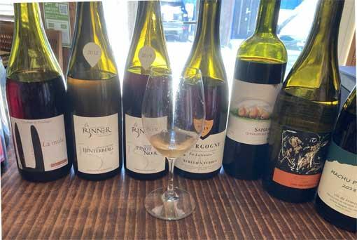ナチュラルなワインが美味しい季節